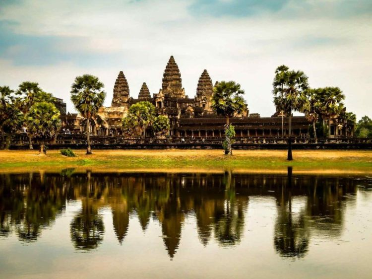 Angkor, Cambodia — Beautiful Lost City